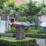 Dit is een voorbeeld van 'planking'. Ik doe hier onwijs een plank na.
